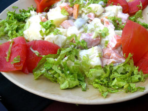 zöldségsaláta